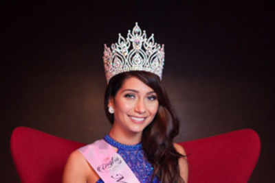 Anna Lara Orlowska crowned Miss World Iceland 2016