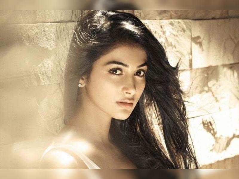 Pooja Hegde finalised for Allu Arjun's next