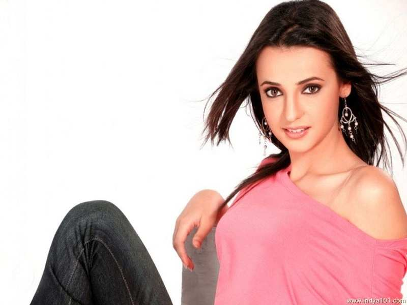 Sanaya Irani brimming with joy a day before her birthday, read to know