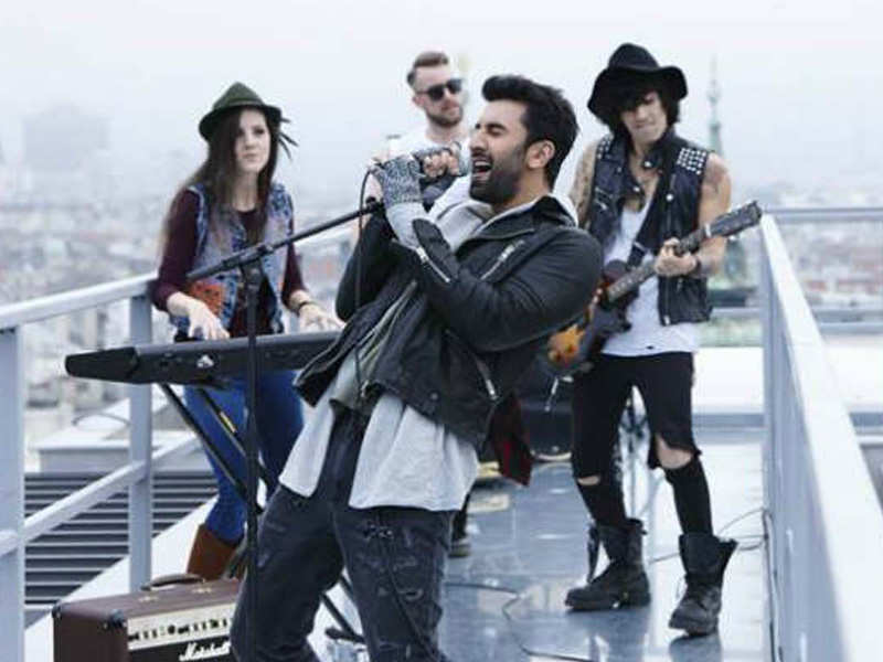 Pritam accused of plagiarism yet again with 'ADHM' track 'Bulleya'