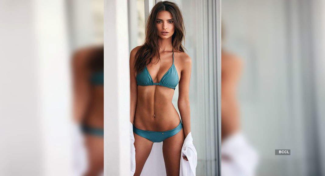 Pictures of women super models bikini wear