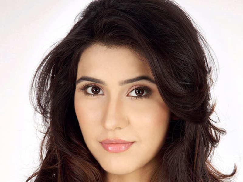 Seven months after quitting, Sheena Bajaj returns to 'Thapki Pyaar Ki'