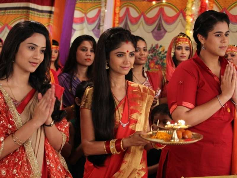 Santoshi, Badho and Gangaa come together for Mannu's rescue in Waaris
