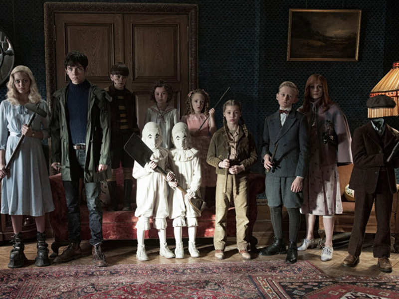 Miss Peregrine's Home For Peculiar Children Plot Summary | English ...