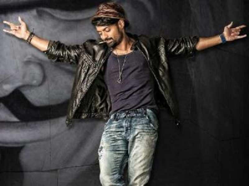 Kalyan Ram announces release date of 'Ism'