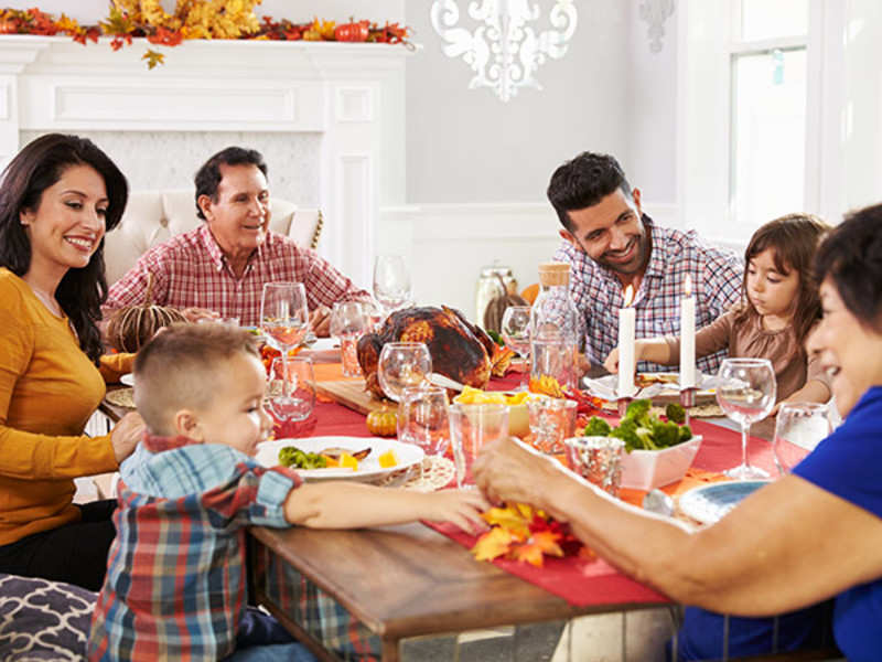 Eat meals with the extended family