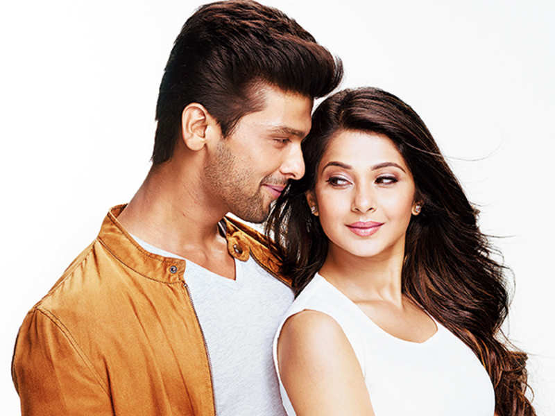 Kushal Tandon and Jennifer Winget in the show