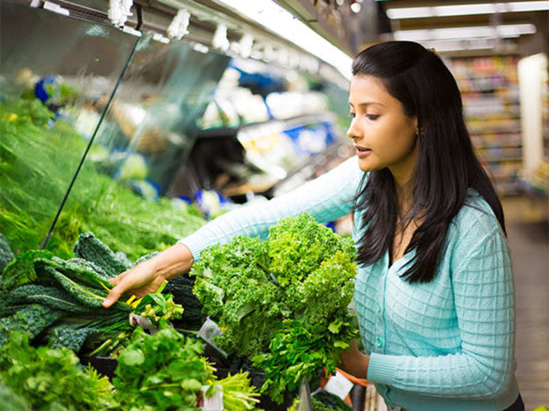 Leafy greens are a must for women (Thinkstock)