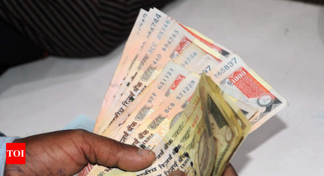 Demonetisation I T Cell Finds Rs 40 Crore Deposit In Banned Notes