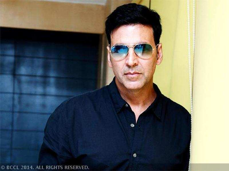 Akshay Kumar: My wife better pay me a salary