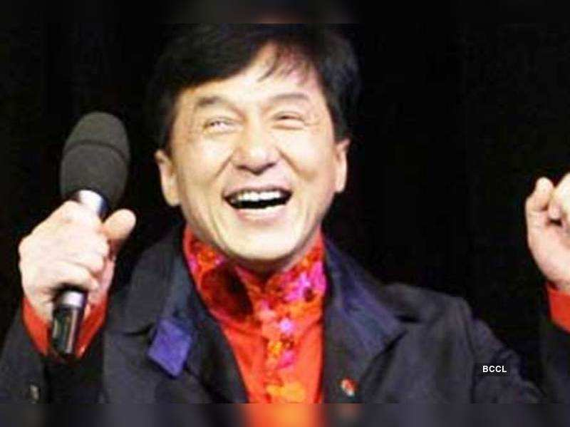 """Jackie Chan <a href=""""http://photogallery.indiatimes.com/articleshow/msid-4475731.cms"""" target=""""_blank"""">More Pics</a>"""