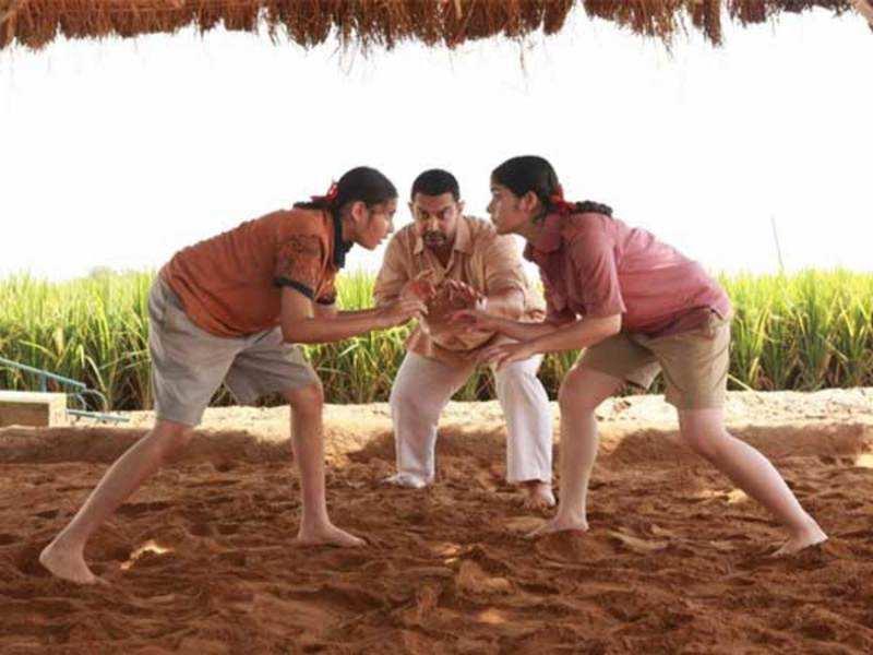 'Dangal' vs 'Sultan' box-office collection: Aamir Khan film all set to beat Salman Khan starrer