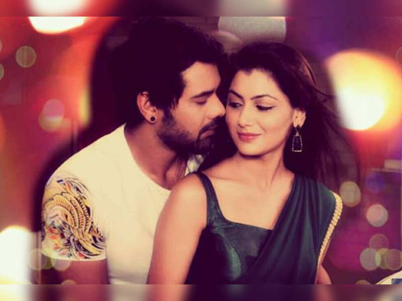 Zee TV will now air 1 hour special episodes of Kumkum Bhagya on ...