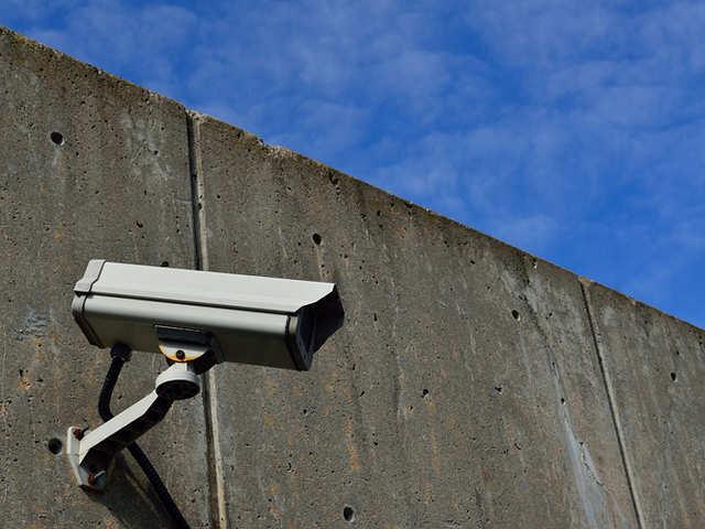 Government moots hi-tech plan to keep eye on traffic violations, crime
