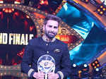 Manveer Gurjar wins Bigg Boss 10
