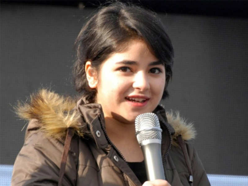 'Dangal' girl Zaira Wasim gets trolled for mom's old pro-Pakistan posts