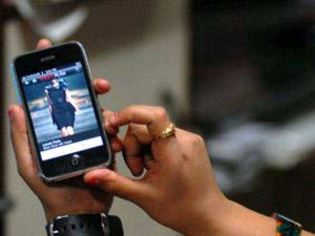 Gang using Chinese software to change smartphone's IMEI number
