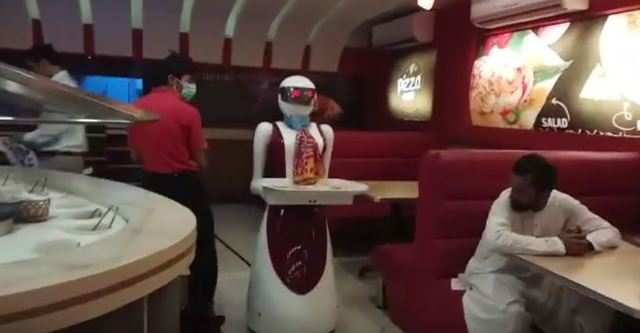 Pizza.com, located in the city of Multan in the Punjab province, is seeing unusual rush of customers after the local media reported about the robot serving food.