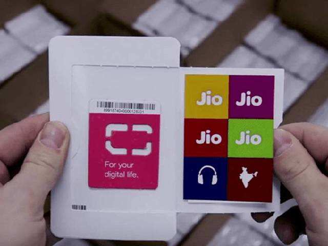 Now you can recharge your Reliance Jio connection using Paytm