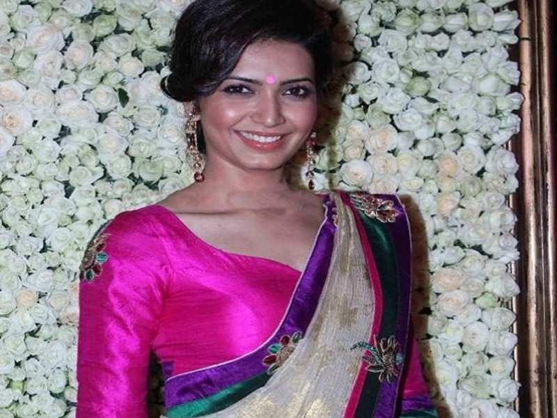 Karishma Tanna to be seen in Sanjay Dutt's biopic opposite Ranbir Kapoor