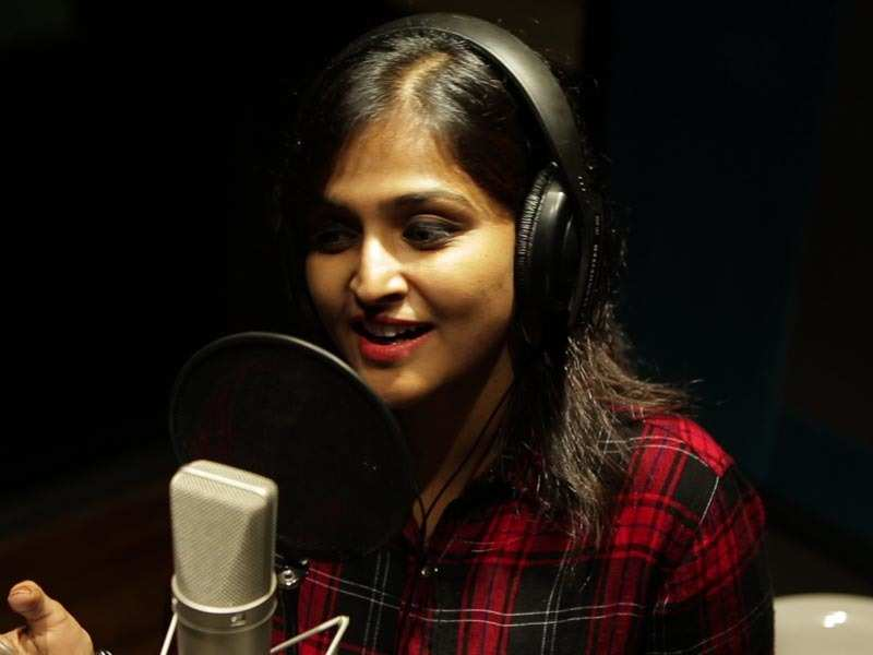 Remya sings a New Year track for Achayans