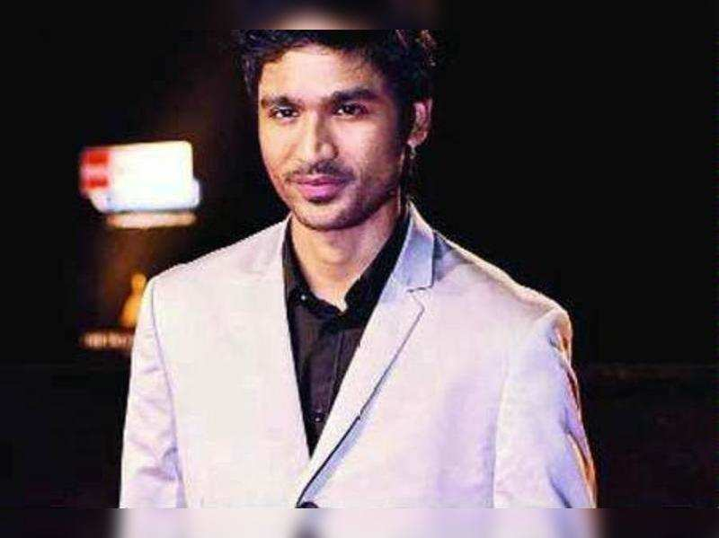 Dhanush battles legal wrangle to ward off new parents