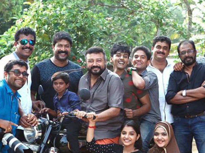 Samuthirakani's 'Akasha Mittayi' shoot starts