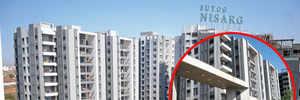 BUILDER LEAVES POSH WAGHOLI SOC HIGH AND DRY