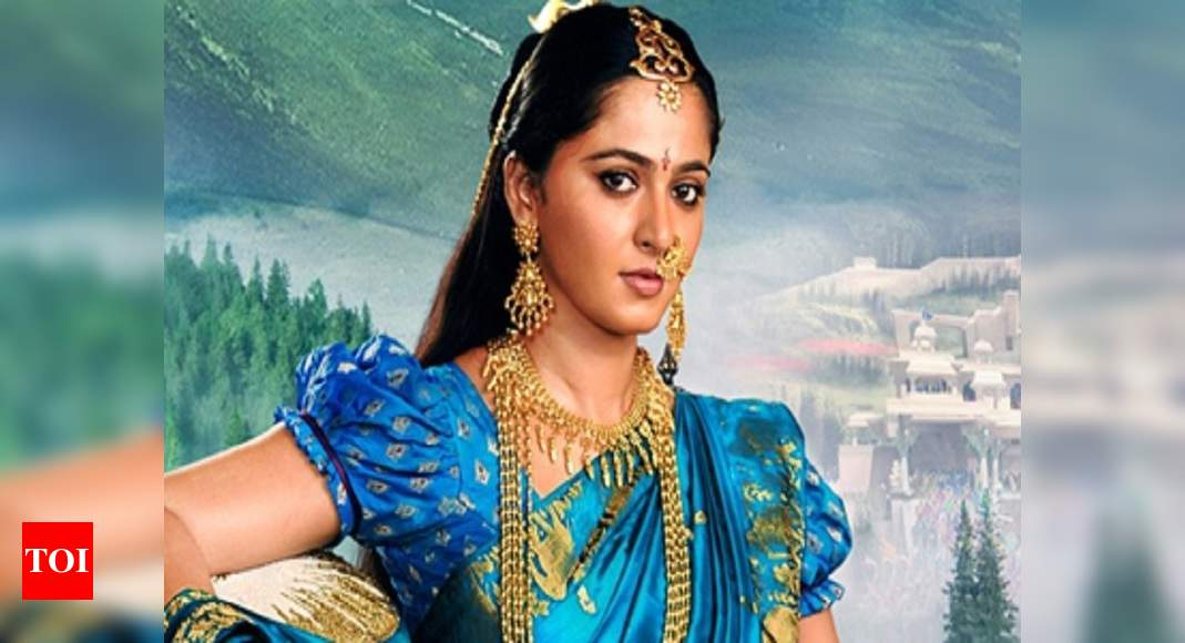 1500 Pieces Of Jewelry In Baahubali Baahubali 2 About 1500 Pieces Of Jewellery Was Made To Order For The Characters In The Film Telugu Movie News Times Of India
