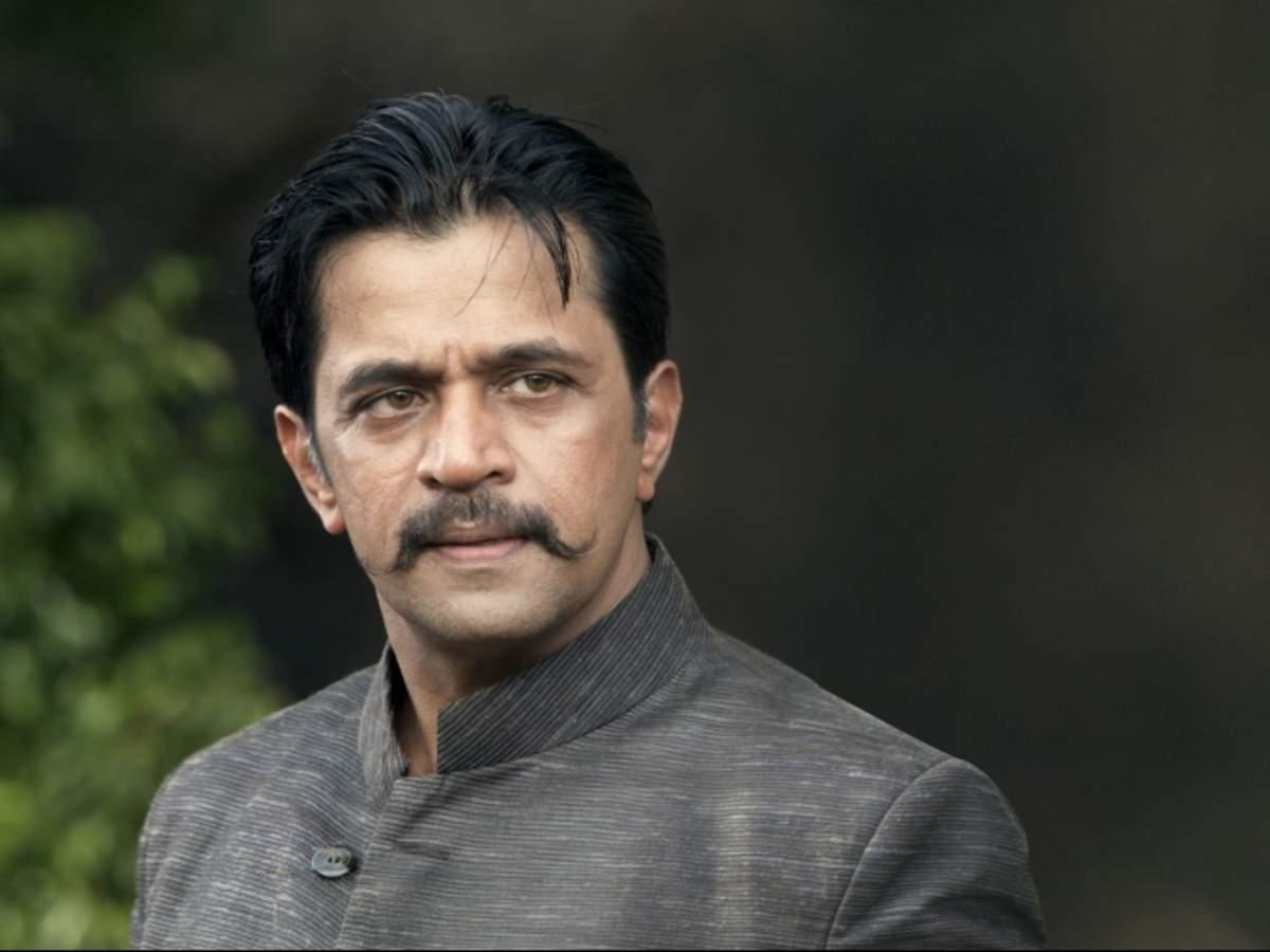 Prabu Kumar: Arjun Sarja to play Former CM H D Kumaraswamy role in  Bhoomiputra   Kannada Movie News - Times of India
