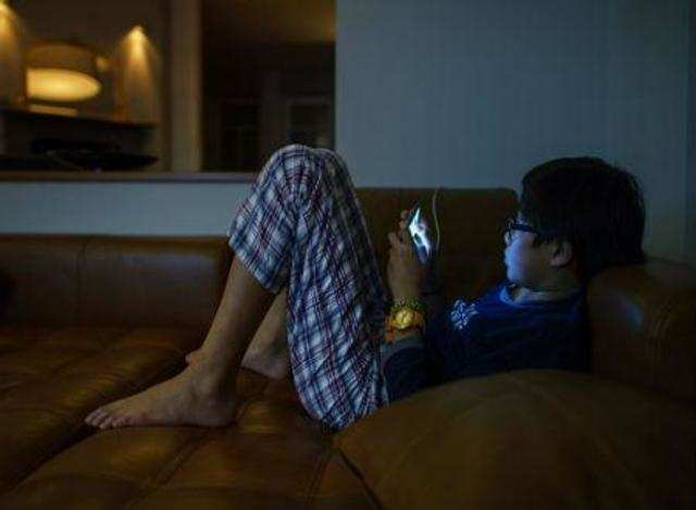 For each 30-minute increase in handheld screen time, researchers found a 49% increased risk of expressive speech delay.