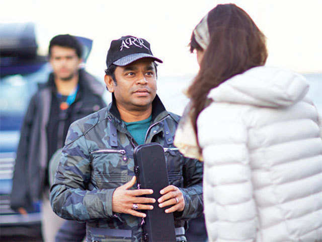 At the 2016 Consumer Electronics Show in Las Vegas, Rahman enthralled an audience by using Intel's Curie-based technology to make music using hand gestures and body movements.