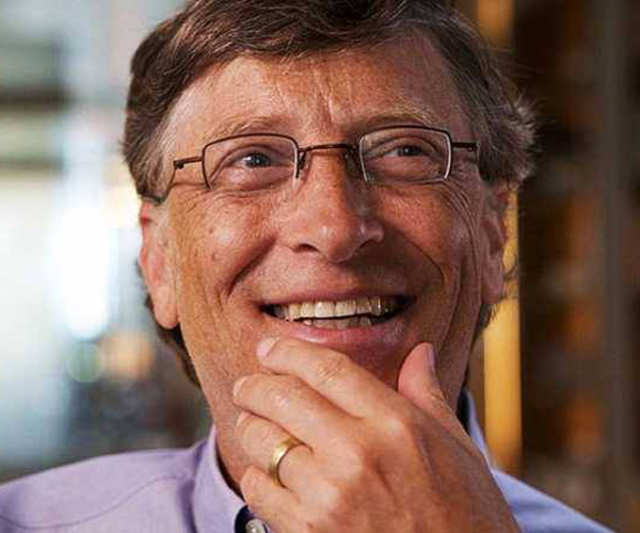 College students, here's career advice from the world's richest man