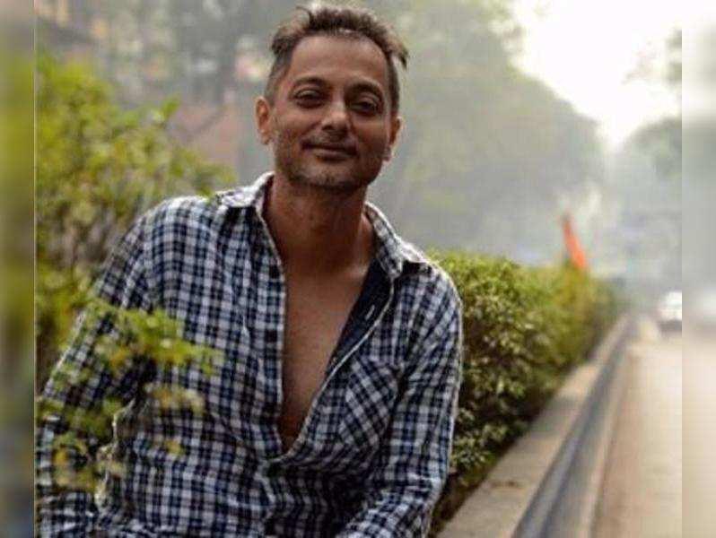 Parambrata, Saurabh Shukla in Sujoy Ghosh's short,  Anukul