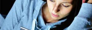 Night phone use may harm mental health in teens: Study