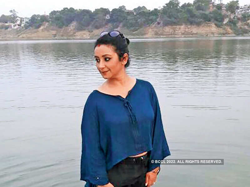 Divya Dutta soaking in the peace of the Ganga at Mirzapur (BCCL)