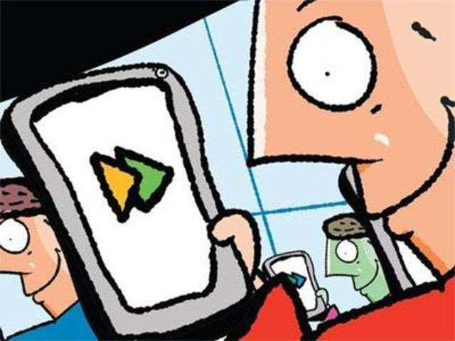 UPI gains more ground, even as mobile banking sees a dip