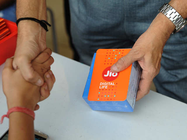 Reliance Jio pips rivals in April user additions, musters 4 million more