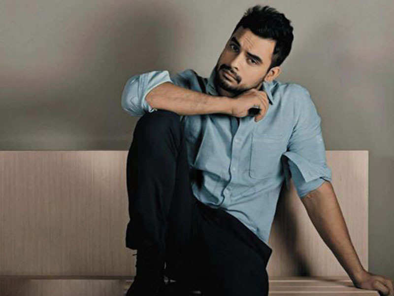 Tovino Thomas to resume filming Mayanadhi in Kochi