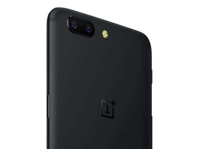 After much fanfare, OnePlus has taken the wraps off its latest flagship smartphone -- OnePlus 5