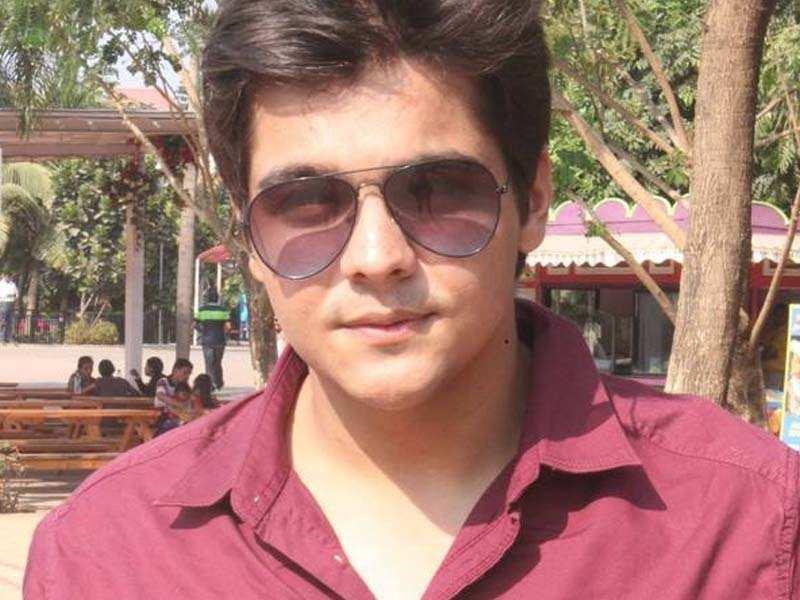 Youtuber Ashish Chanchlani roped in for ALT Balaji's next