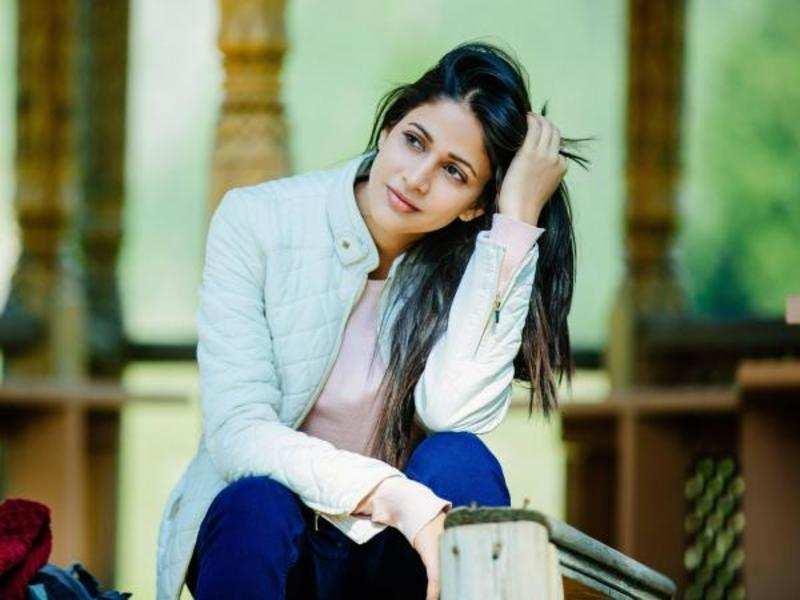 Lavanya Tripathi, not Hebah, is the female lead in 100% Kadhal