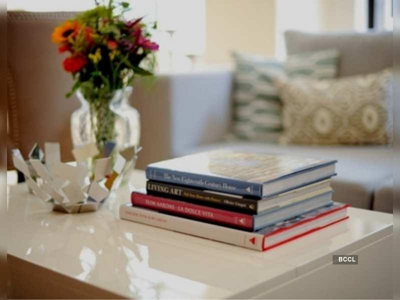 Coffee-table books (Image: fashionablehostess.com)