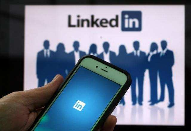 LinkedIn plans a new video sharing feature, may take on Instagram and Snapchat