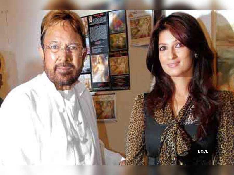 Rajesh Khanna: Rajesh Khanna, Twinkle's arty evening ...