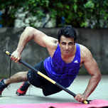 Sonu Sood joins the cast of 'Manikarnika – The Queen of Jhansi'!