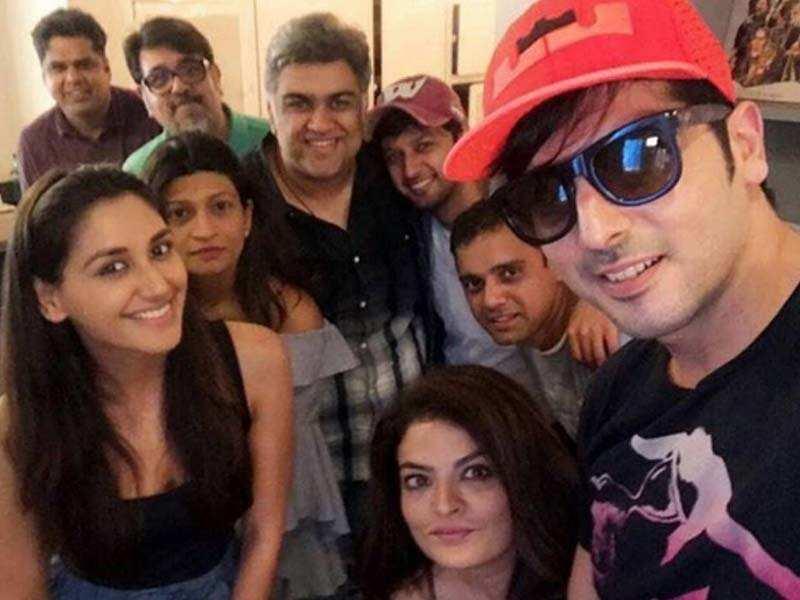 Nikita Dutta, Vatsal Seth, Zayed khan start shooting for Haasil