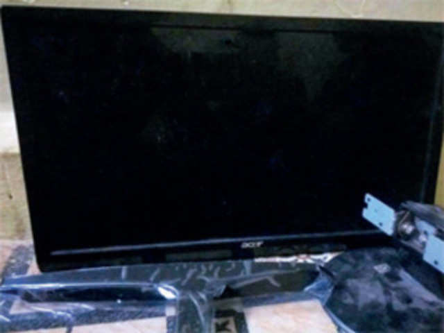 Man orders 50-inch TV on Amazon, gets 13-inch monitor