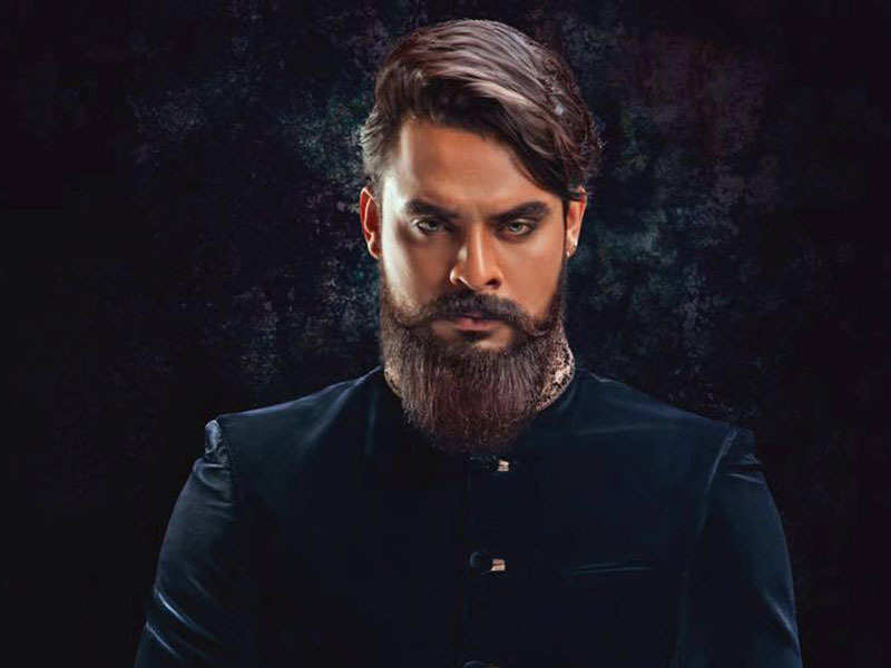 Tovino to do a rustic lad act again