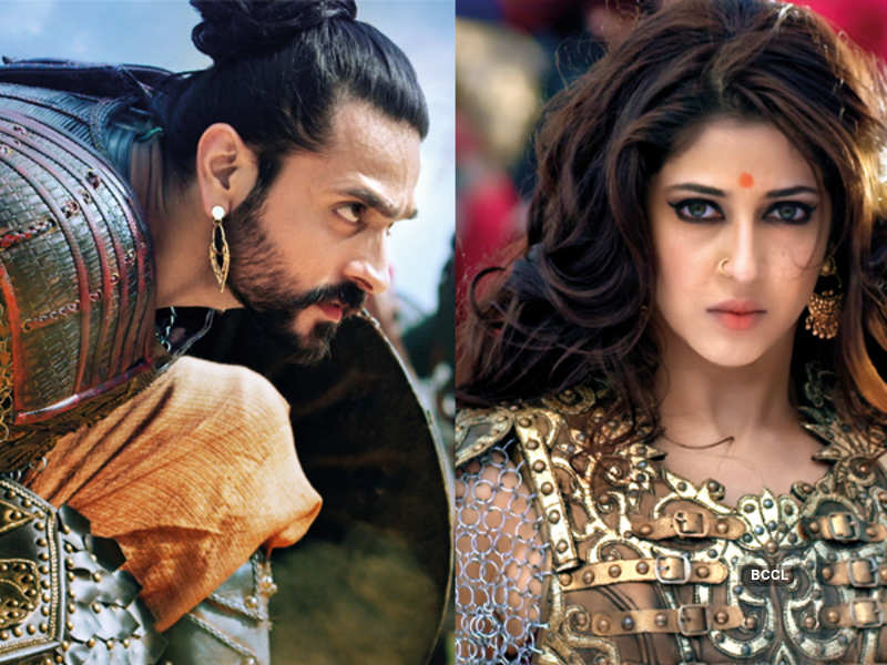 Ashish Sharma as Prithvi Vallabh and Sonarika Bhadoria as Mrinal in 'Prithvi Vallabh'